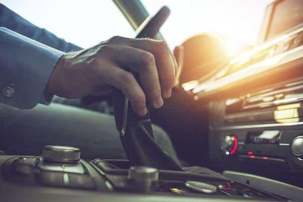 Wynajem długoterminowy, leasing czy może kredyt samochodowy?