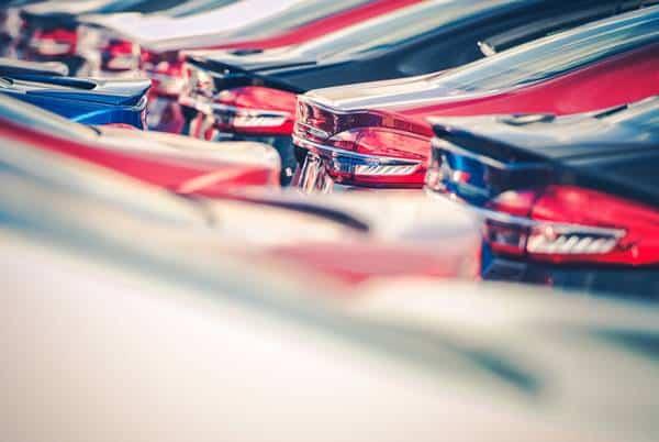 Jak odliczyć VAT od samochodu osobowego w leasingu?