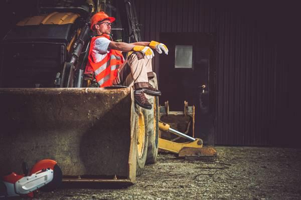 Leasing maszyn budowlanych – czy warto?
